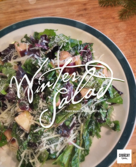 Winter Salad - eating seasonally around the Holidays | thecrunchyurbanite.com