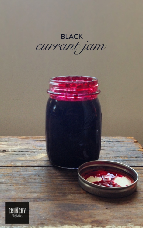 Black Currant Jam - thecrunchyurbanite.com